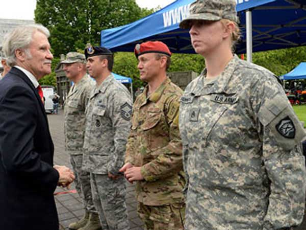 Governor John Kitzhaber recognizes overseas deployed soldiers on Armed Forces Day in Governor John Kitzhaber recognizes overseas deployed soldiers on Armed Forces Day in 2001