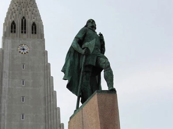 Statue of the Norwegian explorer Leif Erikson.