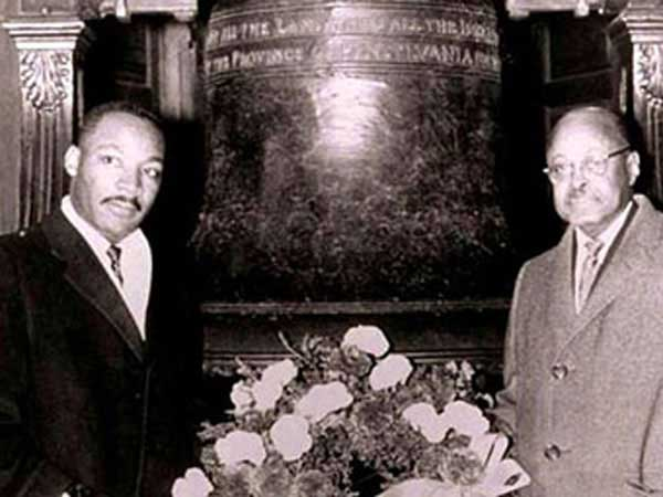 Dr. Emanuel C. Wright invited Martin Luther King to the Liberty Bell building for the Freedom Day ceremony in 1959.
